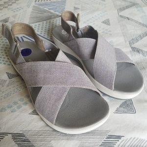 Clarks Cloudstepper Sandals NWOB